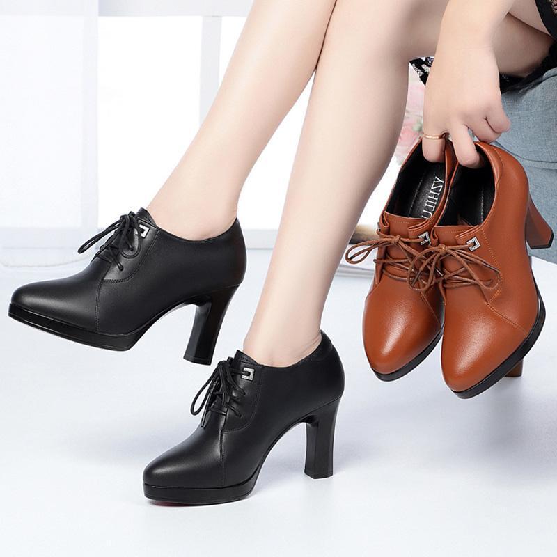 Botas Mulheres New 2020 sapatos de inverno Calçado Platform Rodada Toe Lace Up Luxo Designer Sapatinho Ladies Borracha Trabalho Outono