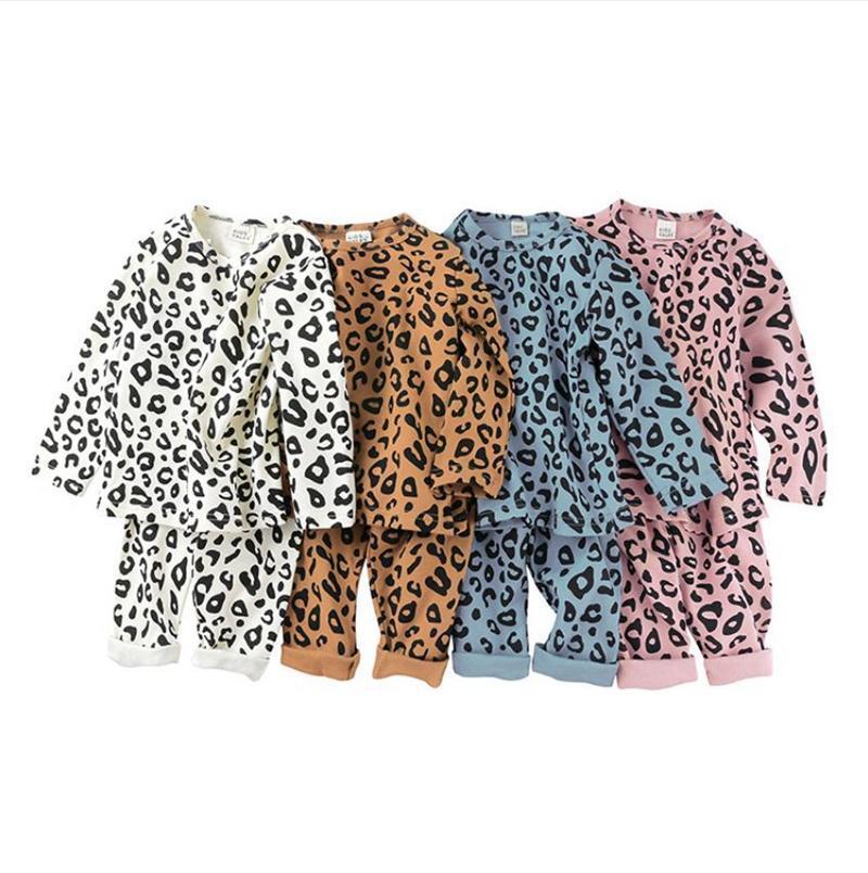 Pyjamas d'enfants Set Leopard filles Hauts Pantalons Sets manches longues garçon Tenues de nuit taille haute enfant en bas âge Notte Homewear 4 Designs DW5691