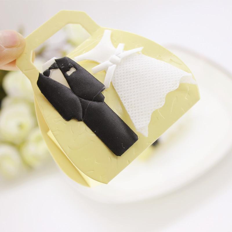 هدية التفاف 12 قطع عالية الجودة غير المنسوجة الزفاف العريس الاكسسوارات العروس الإبداعية الحلوى مربع حزب الحسنات حقيبة تغليف ورقة مربعات 1