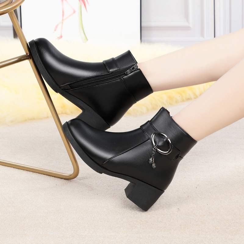 ZZPOHE Kış Moda kadın Sıcak Ayak Bileği Çizmeler Kadın Su Geçirmez Hakiki Deri Düşük Kare Topuk Çizmeler Lady Pamuk Ayakkabı 201104