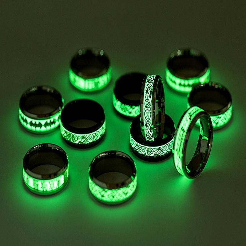 New Dominering Cool Stylish Multi-Pattern Dragons Trend dell'anello fluorescente in acciaio inox titanio Uomini e donne