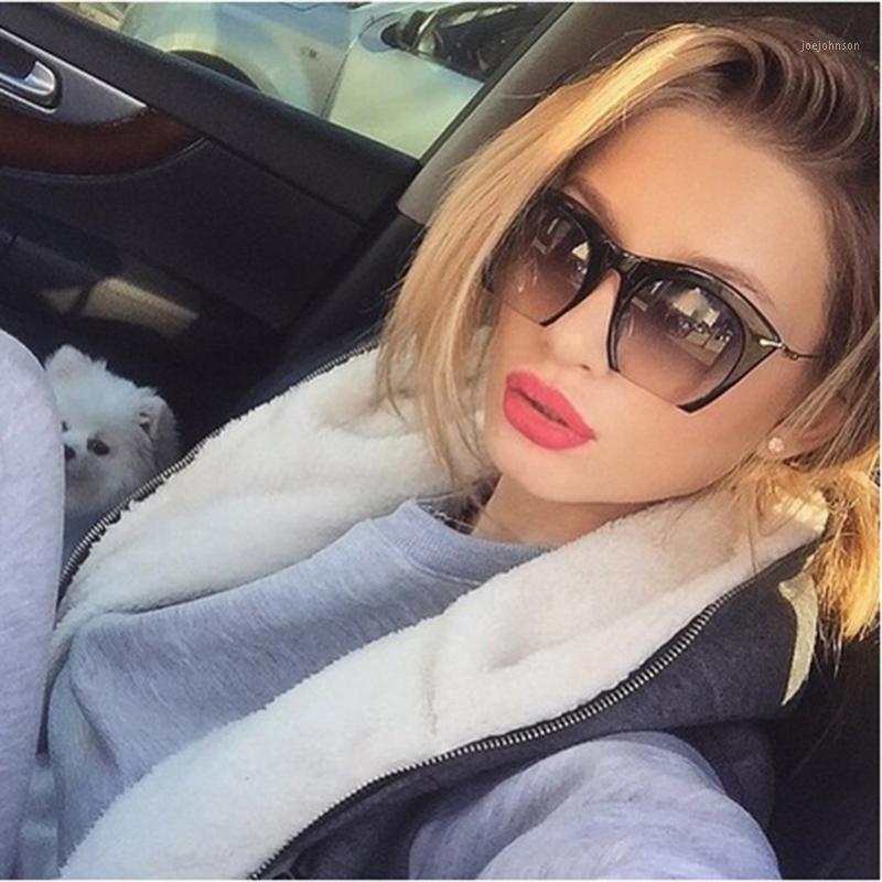 2016 Elegante mezzo bordo occhiali da sole donne moda vintage signora uv400 gatto occhiali da sole occhiali da sole party solare vetro metallo1