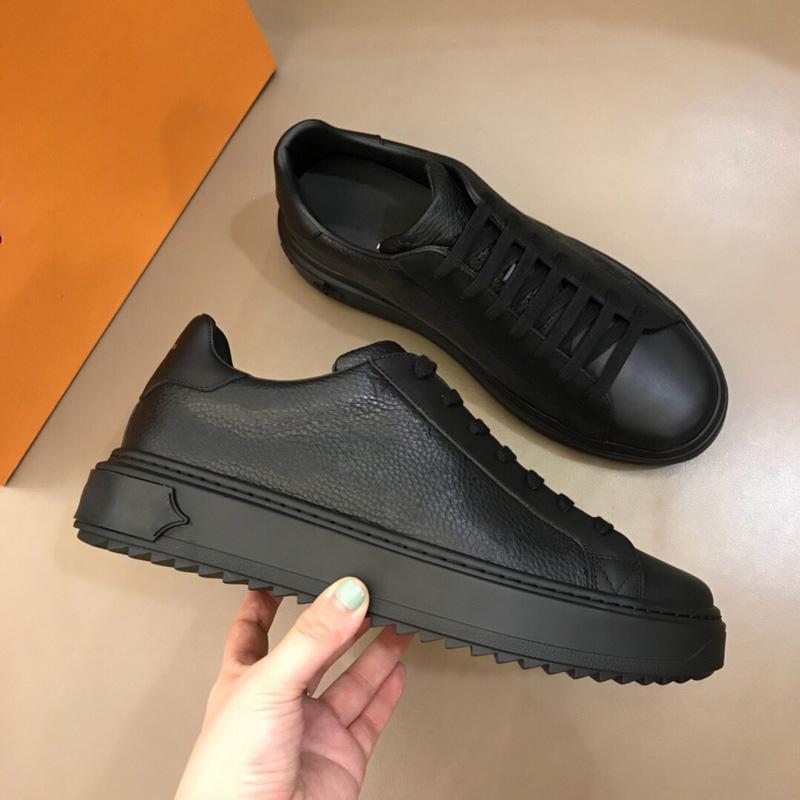 Scarpe da uomo caldi classiche in pelle da uomo in pelle da scarpe da ginnastica mocassini lacci in pizzo up low top moda moda casual designer scarpe scarpe uomo con scatola taglia 38-45