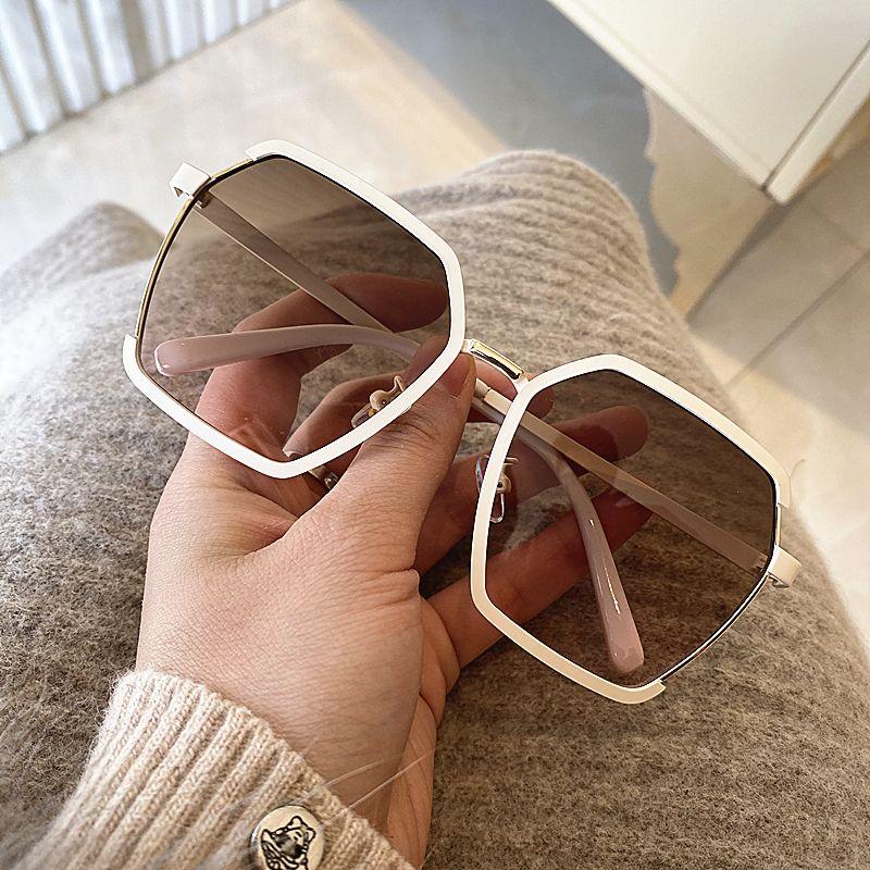 la moda 2020 nueva gran marco ultravioleta anti fina gafas de la calle de las mujeres disparando gafas de sol