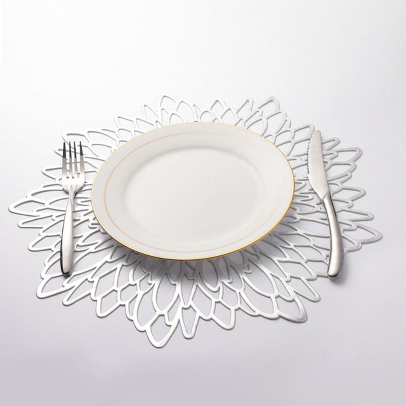 6шт / комплект серебро / золотой PVC полые Outdoorwork Placemat для обеденного стола Pad Pads таблицы чаши Mats1