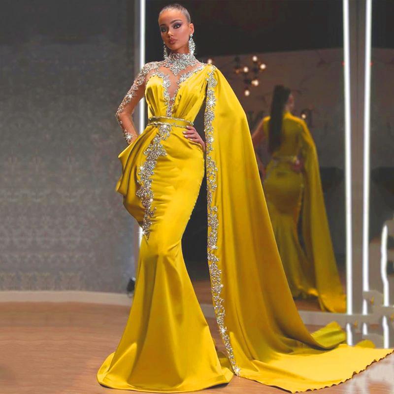 8 월 골드 이브닝 드레스 높은 목 페르시 모조 다이아몬드 인어 파티 댄스 가운 케이프 긴 소매 새틴 아랍어 두바이 파티 드레스