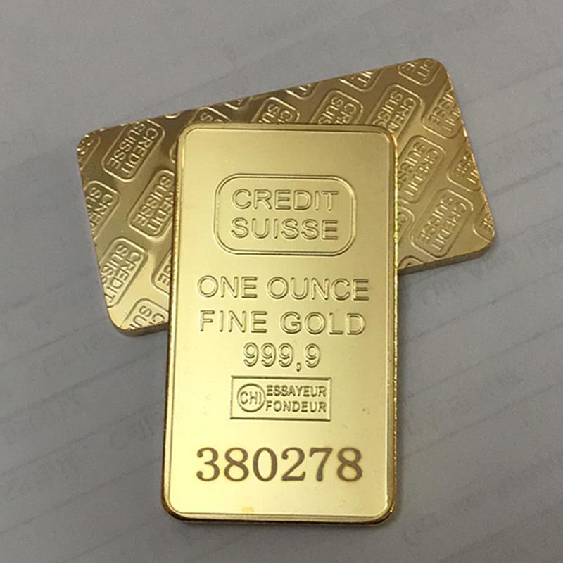 10 ADET Olmayan Manyetik Kredi Suisse Külçe 1oz Altın Kaplama Külçe Bar İsviçre Hatıra Sikke Hediye 50 x 28 mm Farklı Seri Lazer Numbergh ile