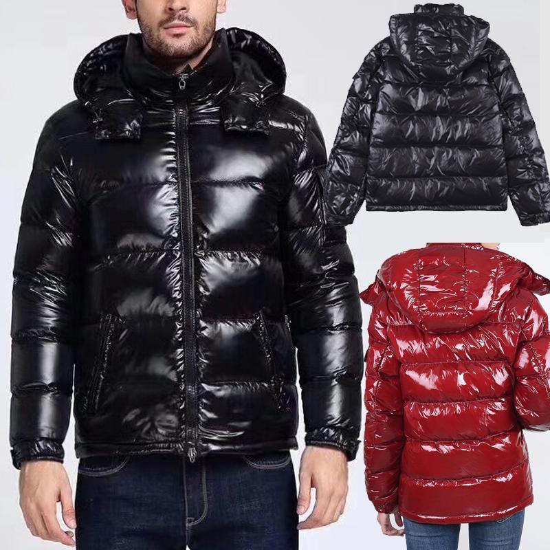 Forma-Top homens e mulheres de qualidade à prova de vento para baixo de inverno com capuz Down Jacket Inverno Quente Brasão Man Ultraleve ganso Down Jacket masculino Parka
