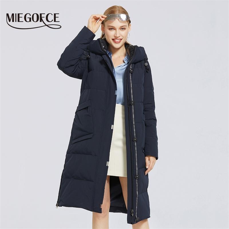 Miegofce Kış Yeni kadın Pamuk Ceket Uzunluğu Basit Stil Rüzgar Geçirmez Ceket Kış Parkas Moda Şık Kadın Parkas 201017