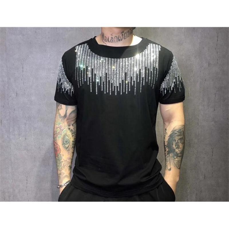 2021 Nouveau T-shirt d'été Homme T-shirts Casual T-shirts Strass Mode Man Top Teees DVK1