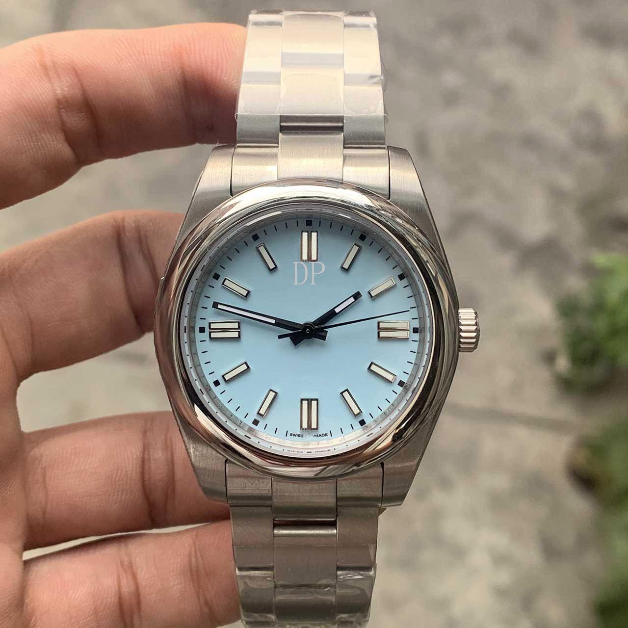 Chaud Nouveau modèle Hight Quality Hommes Regardez des montres en acier inoxydable Mouvement mécanique Automatic Sapphire Glass Watch 124300