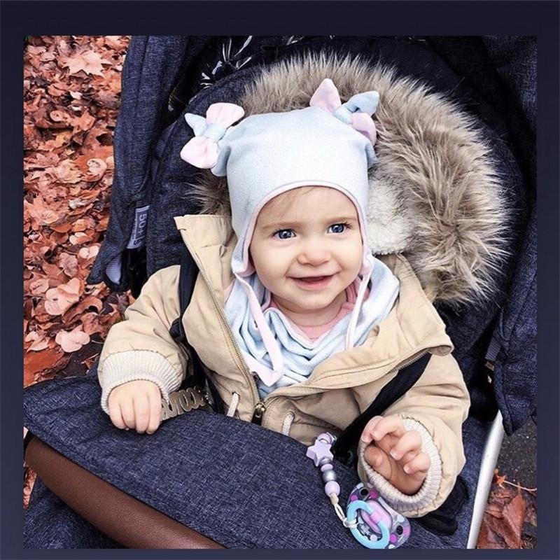 Двухэтажный Дети орфографических Цвет Хлопок Лук шапка шарф Twinset младенец шины Cap Hat Уши Bib