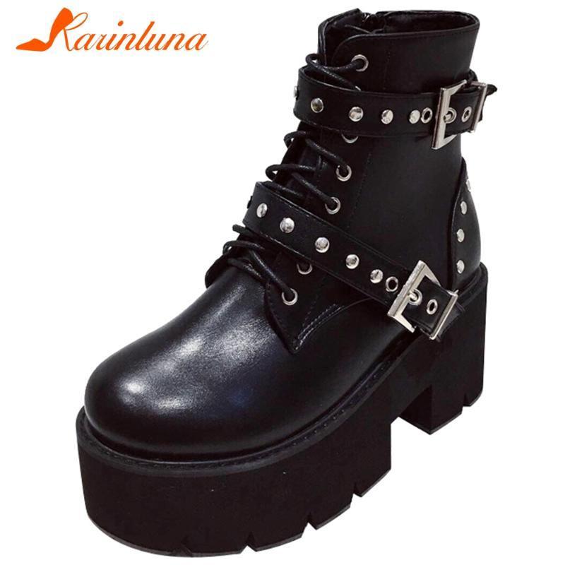 Toe KARIN Marca New Female Plataforma Botas Rodada Salto Alto com decoração do metal Botas Mulheres 2020 Buckle sapatos de mulher