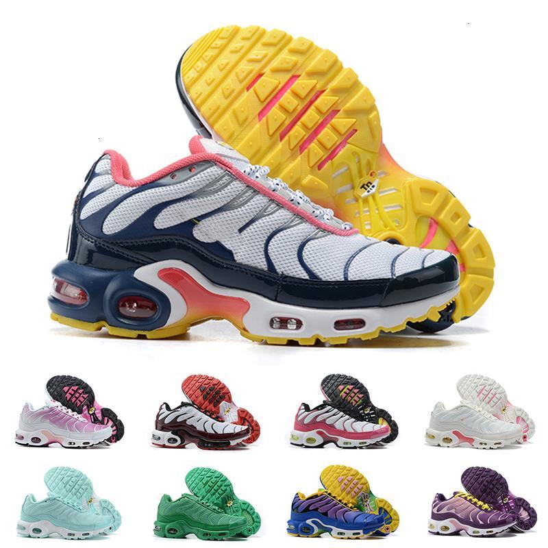 Womens TN Plus Correndo Sapatos Sneakers SE Ultra Triplo Branco Preto Roxo Hyper Blue Senhora Designer Treinadores Clássicos Tamanho 36-40 para Feminino