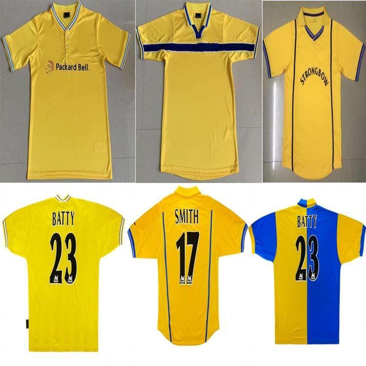 96 97 98 99 00 01 02 Vintage Retro Leeds United Soccer Jerseys LUFC Classic Football Shirts Accueil Blanc 78 Man Tops de football homme