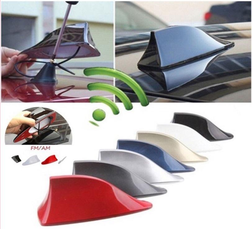 New Car Shark Fin Antena Automóvel Universal FM / AM Radio Signal Antenas Telhado Anten