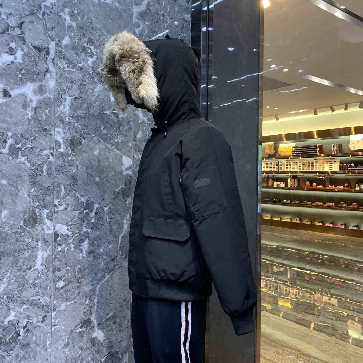 Hombre Invierno Bajo Chaqueta Capucha Capucha Real Lobo Piel Grueso Abrigo Douuune Homme Jackets Hombres Mujeres Parejas Parka Avance de nieve Abrigo