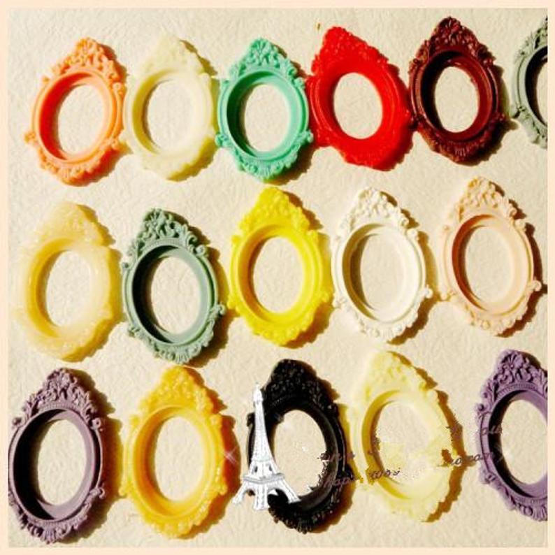 100pcs Oval Flatback (16 colori) Resin fascino Trovare, Filigrana Confine di regolazione della base del vassoio, 30mmx40mm Cabochon / Foto / Cameo