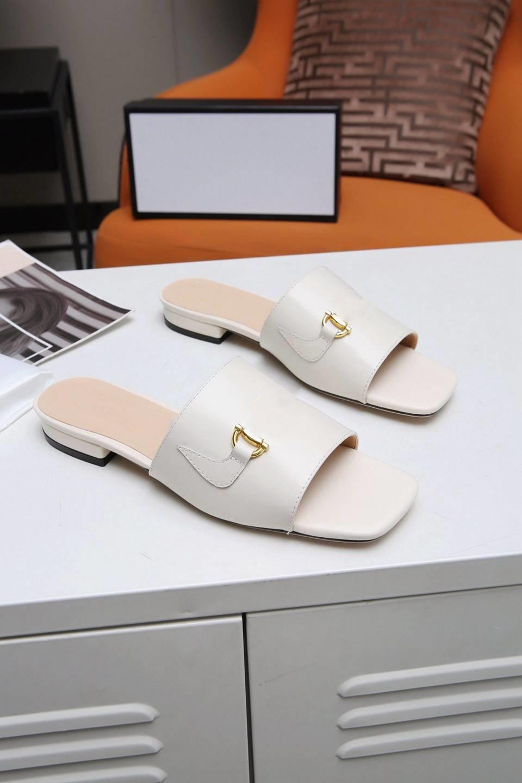 gucci Hochwertige Hausschuhe Luxus Designer Design Alltag Freizeitschuhe Mit Strand Schnürsenkel Metal Decor GS56Z