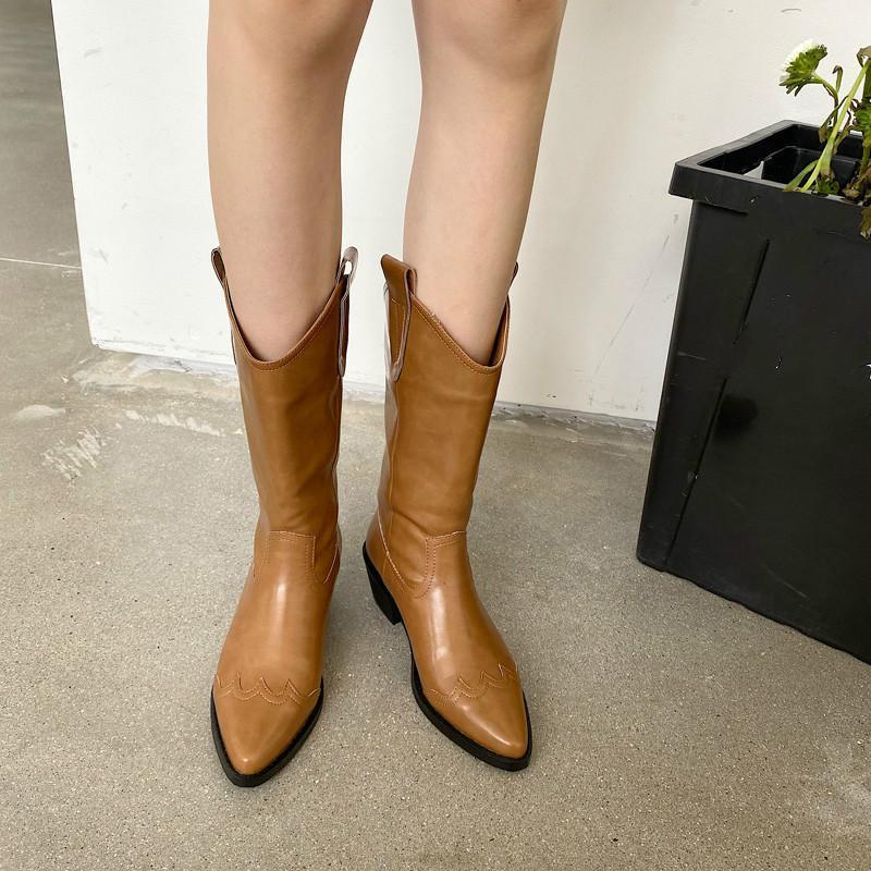 Meat 2020 nuevo primavera otoño moda casual punteado de color sólido de cuero genuino de cuero genuino de las mujeres botas cortas frescas SF1421