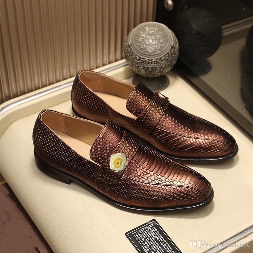 M1 роскошные бренды кожаные мужчины платье обувь крокодил узор классический старинный роскошный дизайн мужчины бизнес оксфорды мужская кожаная обувь 11
