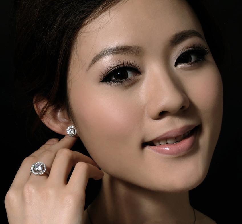 جولة أقراط الماس كامل أزياء رائعة الزركون الماس الكريستال الأقراط الأذن الإناث المجوهرات سيدة هدية بالجملة