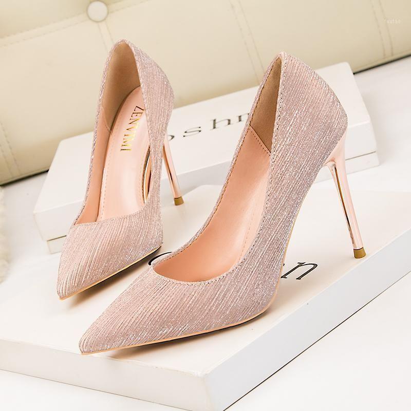 2020 Automne Nouveaux Chaussures Femmes Mode Stiletto Chaussures Travail occasionnel Sexy The Wild The Wild Wild Wild Workow Beel Heel Heel Wedding1