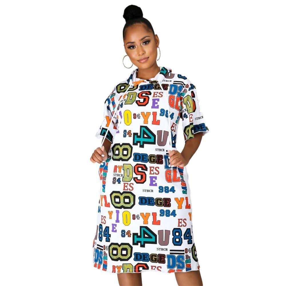 Письмо с капюшоном Женская Повседневные платья лето с коротким рукавом длиной до колен Сыпучие женщин конструктора платья Hot Sell Style