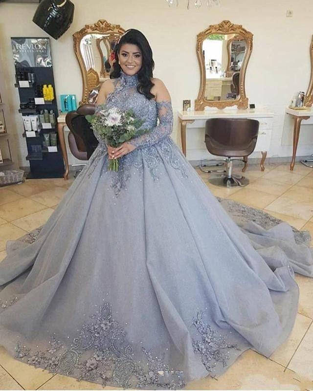 2020 New bal robe de mariage gris argent Halter Illusion Dentelle Fleurs Cristal Taille Beadings manches longues plus formelles Robes de mariée