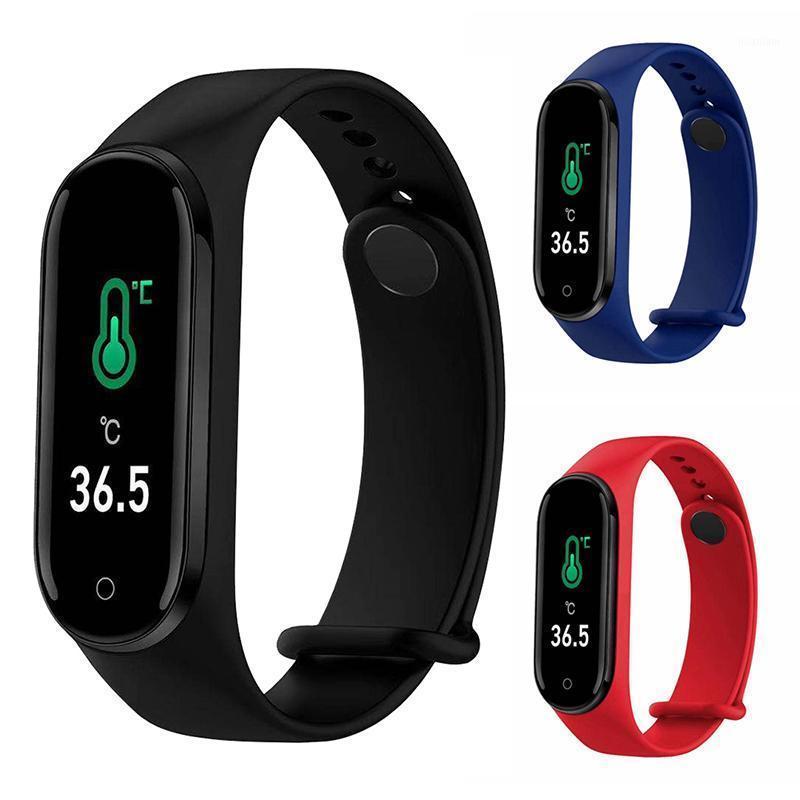Smart Wristbands M4Pro Pulseira de Temperatura Pressão arterial Frequência de Coração Monitoramento de Saúde Fitness Tracker Sports Waterstebands1