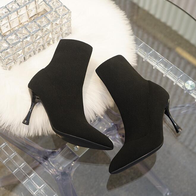 2020 осенью и зимой новые носки ботинок женщин заостренного носок шпильки трикотажного стрейч черные Мартин сапоги