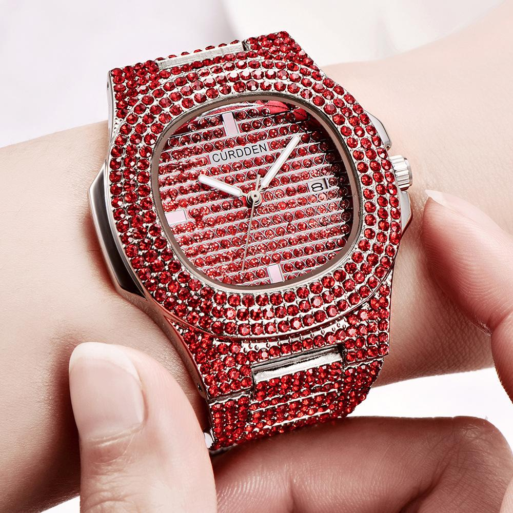 Nouvelle annonce Montre à la mode pour hommes 4 couleurs Diamant en acier inoxydable Quartz Montre d'affaires occasionnel d'occasion Support Personnalisé Logo