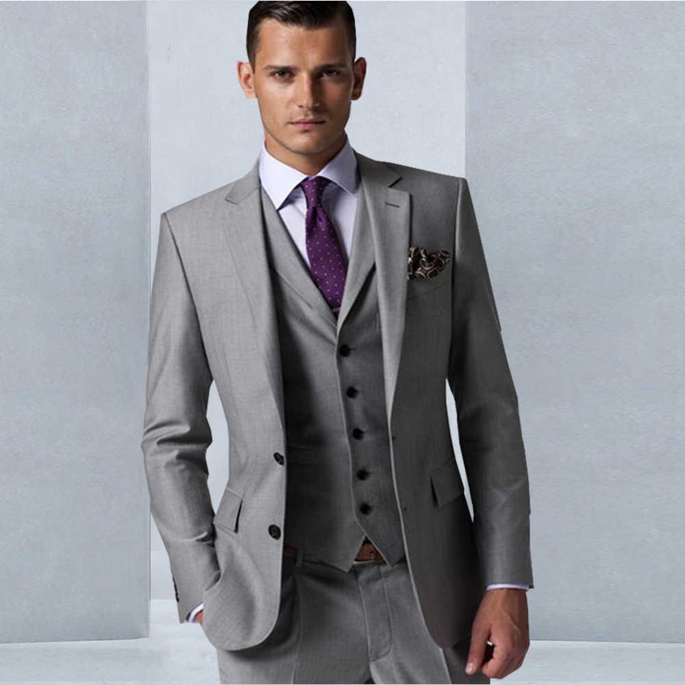 Abiti Blazer Nuovo bello Vent laterale grigio chiaro smoking dello sposo Groomsmen Notch risvolto migliore vestito dell'uomo cerimonia nuziale degli uomini (Jacket + Pants + Vest + Tie) 79