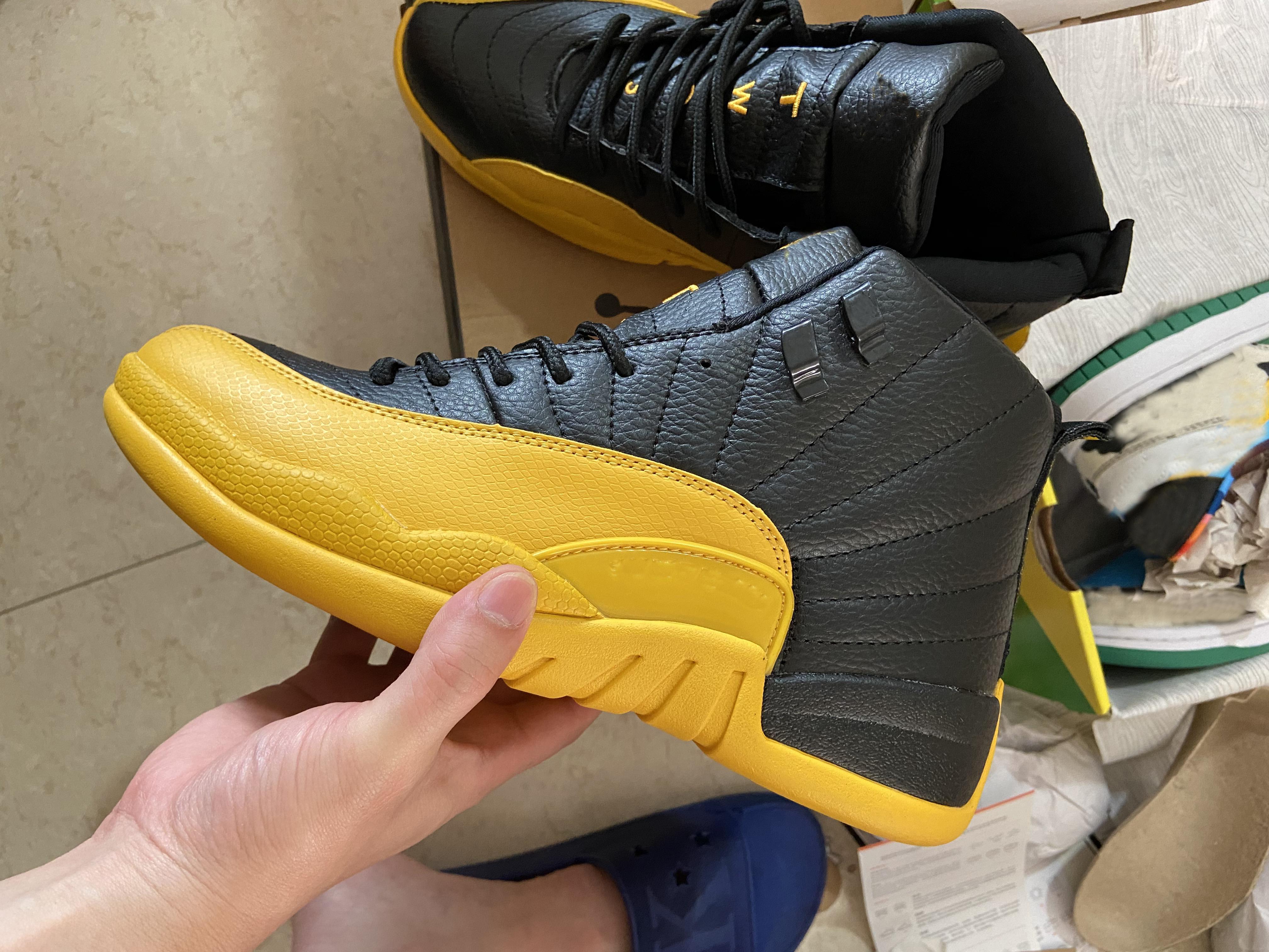2021 جامعة الذهب الأنفلونزا لعبة 12 أحذية النيلي ستون الأزرق مع مربع جيد كرة السلة الأحذية متجر بالجملة