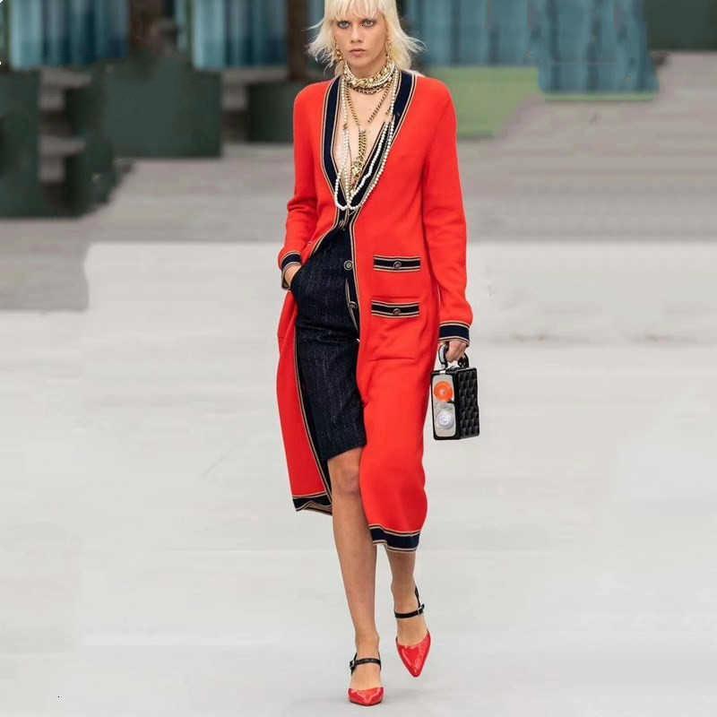 Pockets 2020 Designer V-Ausschnitt Einreiher Frauen Red Cardigan Maxi-lange Strickjacke-Strickmantel Oberbekleidung B059