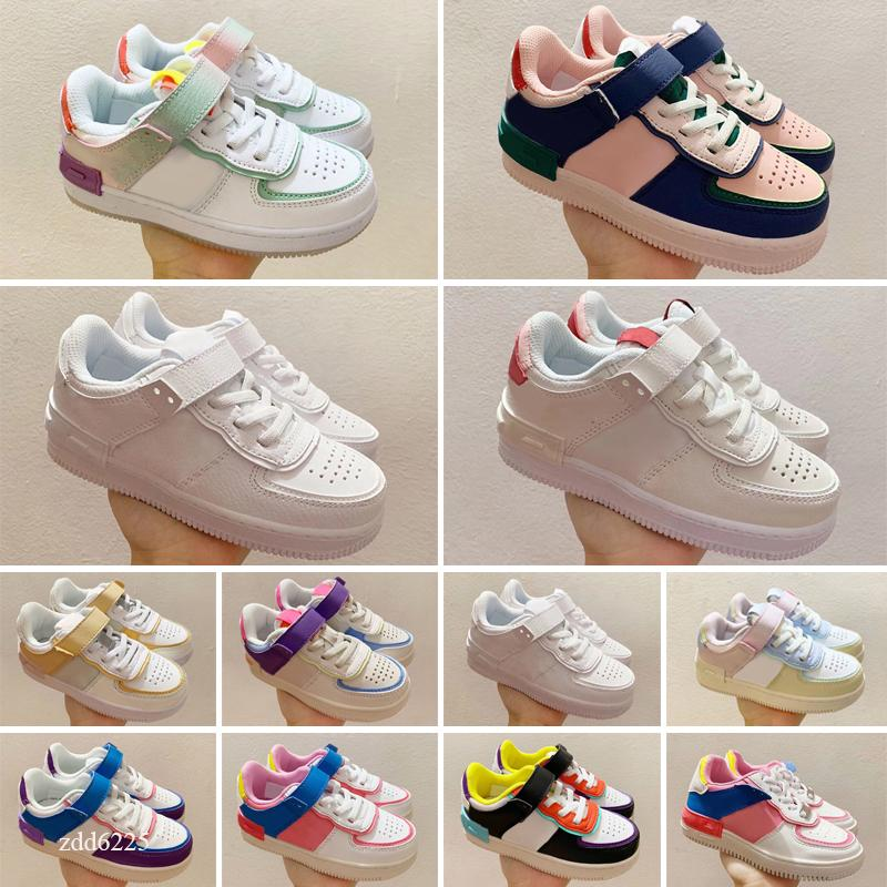 2021 Kids Mens 1 Scarpe Low 1s Donne Banned Banned Blade Black Toe Court Viola Pine Green Shadow Snakers per bambini Snakers