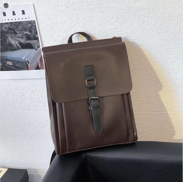 Factory wholesale men handbag new retro crazy horse leather backpack street trend leather computer package fashion leather student backpack