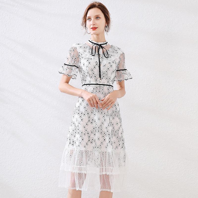 S M L XL XXL yeni yaz 2020 kadın kısa kollu siyah beyaz çiçek dantel elbise ince bir çizgi orta buzağı zarif bayan havalandıran