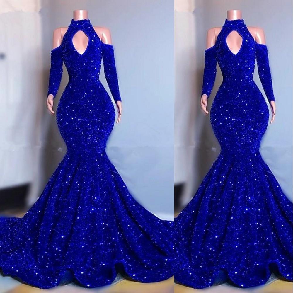 2021 섹시한 새로운 로얄 블루 벨벳 크리스탈 장식 조각 이브닝 드레스 긴 소매 인어 댄스 파티 가운 우아한 어깨 여성 정장 복장