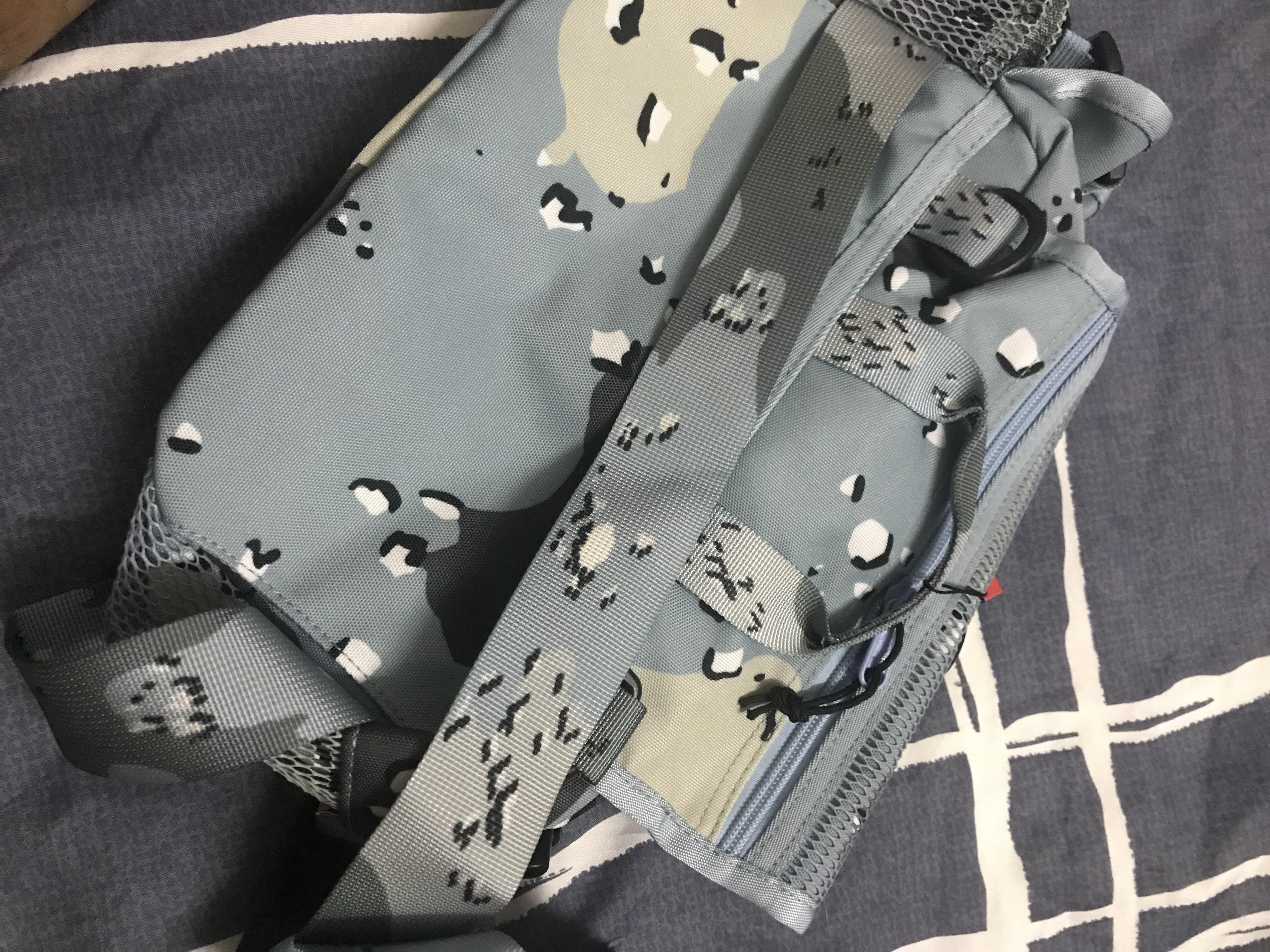 الخصر حقيبة المدرسية للجنسين فاني حزمة أزياء السفر حقيبة دلو حقيبة الظهر Waistpacks 4 الألوان في الأوراق المالية