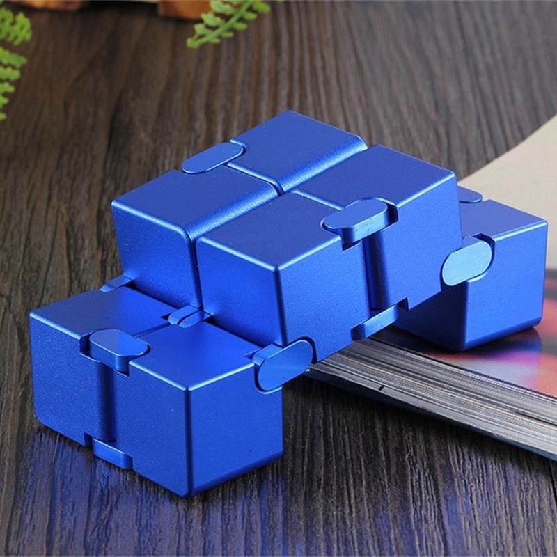 Infinity Cubo Alumínio Cubo Brinquedos Premium Metal Deformação Mágica Infinita Stress Relieve Cubo Stress Reliever para EDC ansiedade Y200428