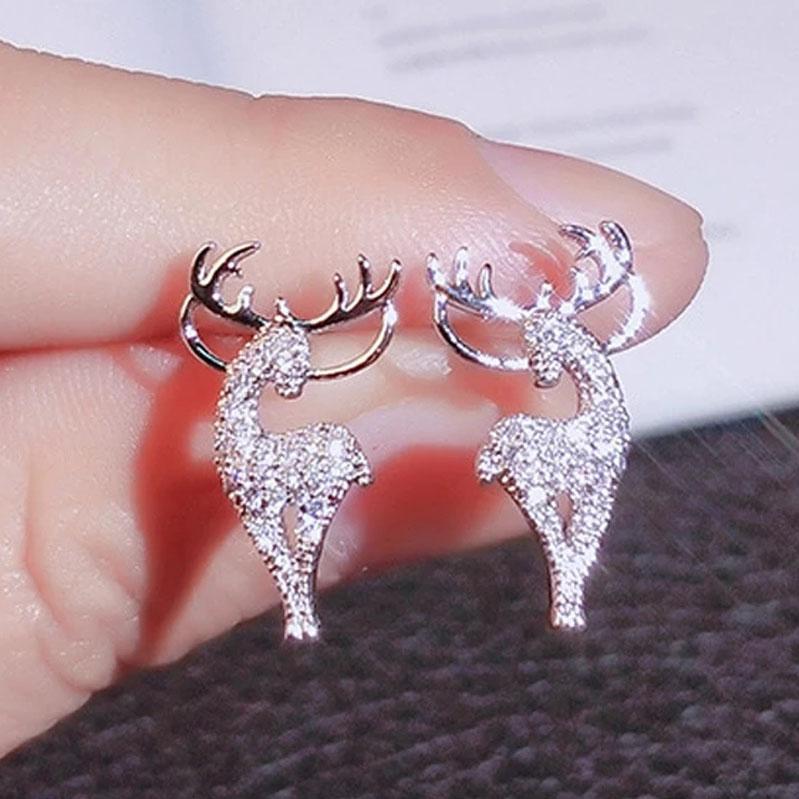 New Creative 925 Silver Christmas Ornaments Stylish Christmas Elk Crystal Deer Stud Earrings Women Fashion Jewelry Gift Christmas Ornaments