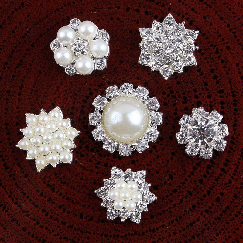 30 adet Vintage El Yapımı Metal Dekoratif Düğmeler + Kristal İnciler Craft Malzemeleri Saç Aksesuarları için Flatback Rhinestone Düğmeler Y200710
