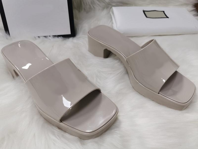 새로운 여자 샌들 비치 슬리퍼 2cm 플랫폼 숙 녀 플립 플롭 로퍼 블랙 화이트 슬라이드 chaussures 방언 신발