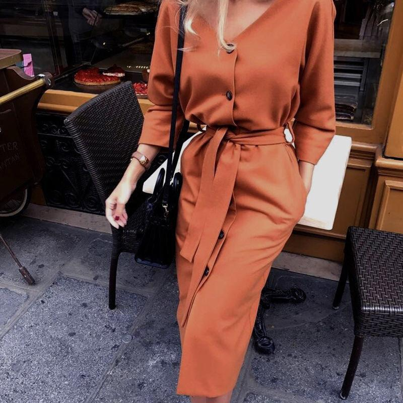 2020 Sexy V-образным вырезом с длинным рукавом осень Женщины платье дамы Пояса Кнопка Повседневный Офис платье Новая мода женщины Midi платье в стиле ретро