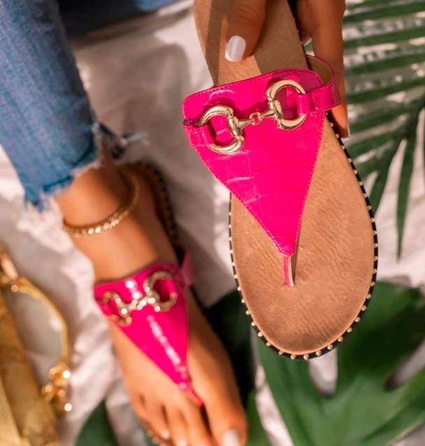 2LD1 Ausschnitt Süßigkeiten Sandalen Sommer Gelee Hausschuhe Frau Schuhe Wohnungen Damen Strand Womens Zapatos Mode Mujer Slip auf Perlenflipflips Slider