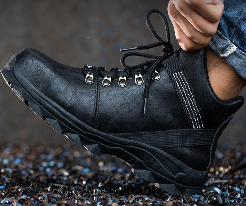 Les concepteurs européens et Américains ont conçu des chaussures à haut dessus dökmek protéger les pieds des Hommes