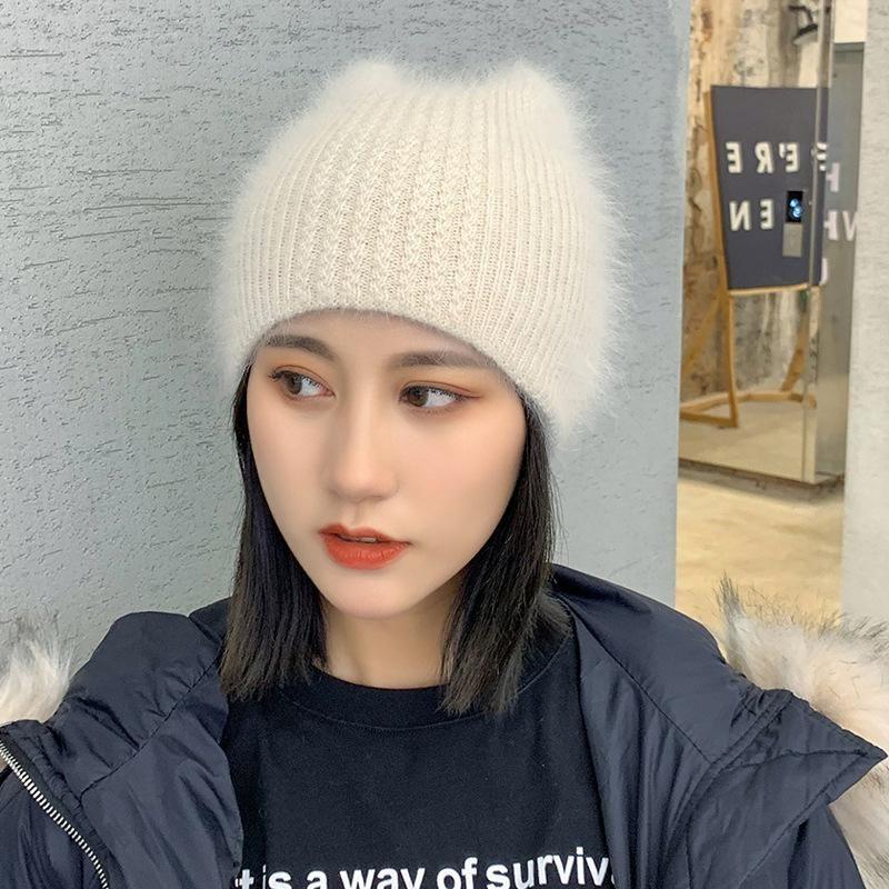 2020 Simple Oreille fille fourrure Bonnet pour les femmes de la mode d'hiver Skullies chaud laine Gorros Femme de plein air douce Cap