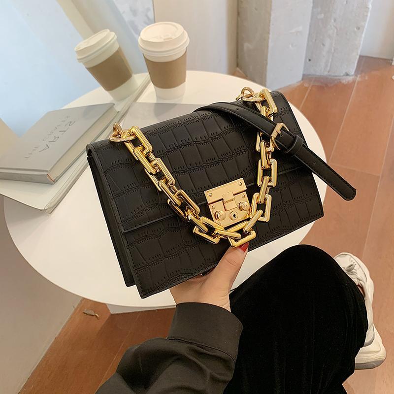 Pequeña bolsa para el año 2020 de moda del hombro del nuevo paquete de Crossbody patrón de la piedra de la cadena color sólido Mujeres Bolsas B880