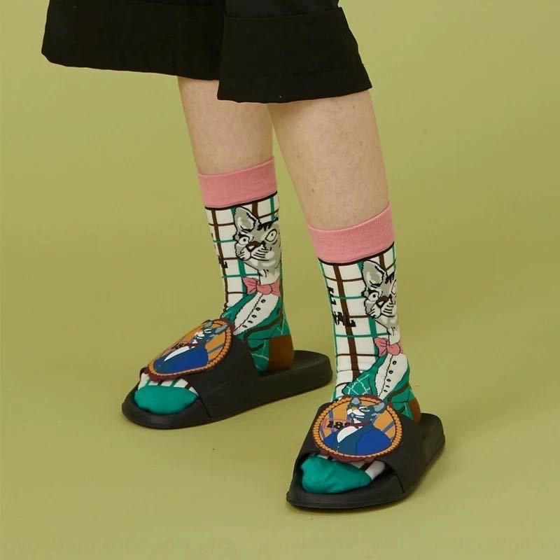 Звездное небо слезы глаз новых средних мод Lolita хлопок средних трубки носков Лолита милого мультфильм носки 4jr5B